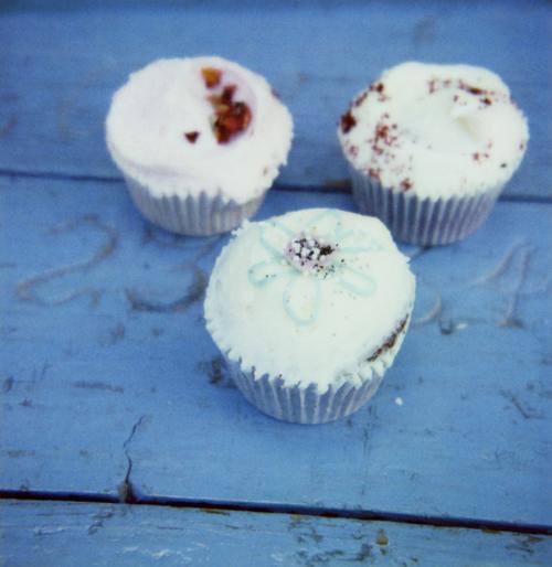 Blue_cupcakes500